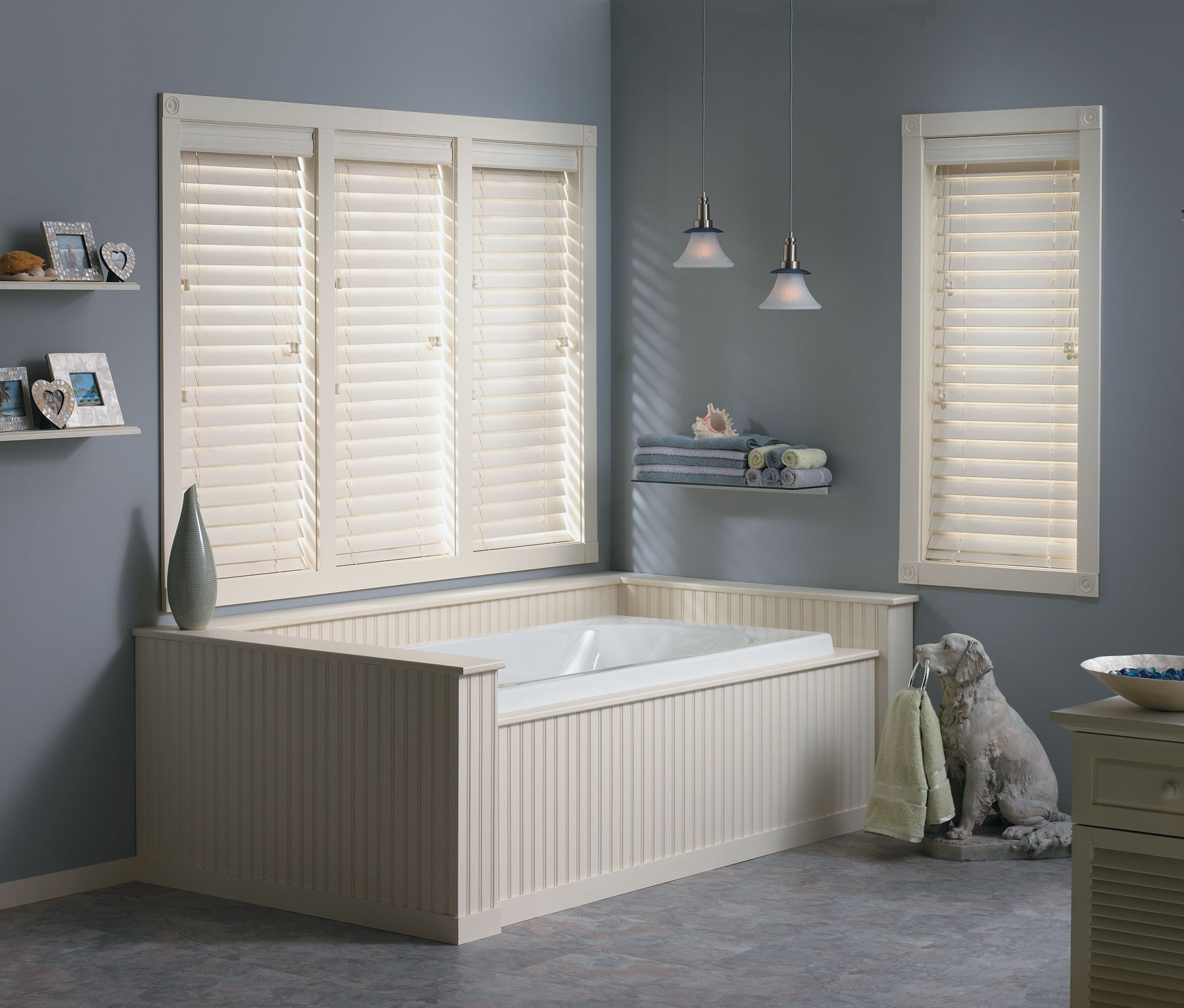 "Bella View: Trademark 2 1/2"" Faux Wood Blind"