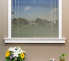 "Bella View: Prestige  1/2"" Mini Blind"