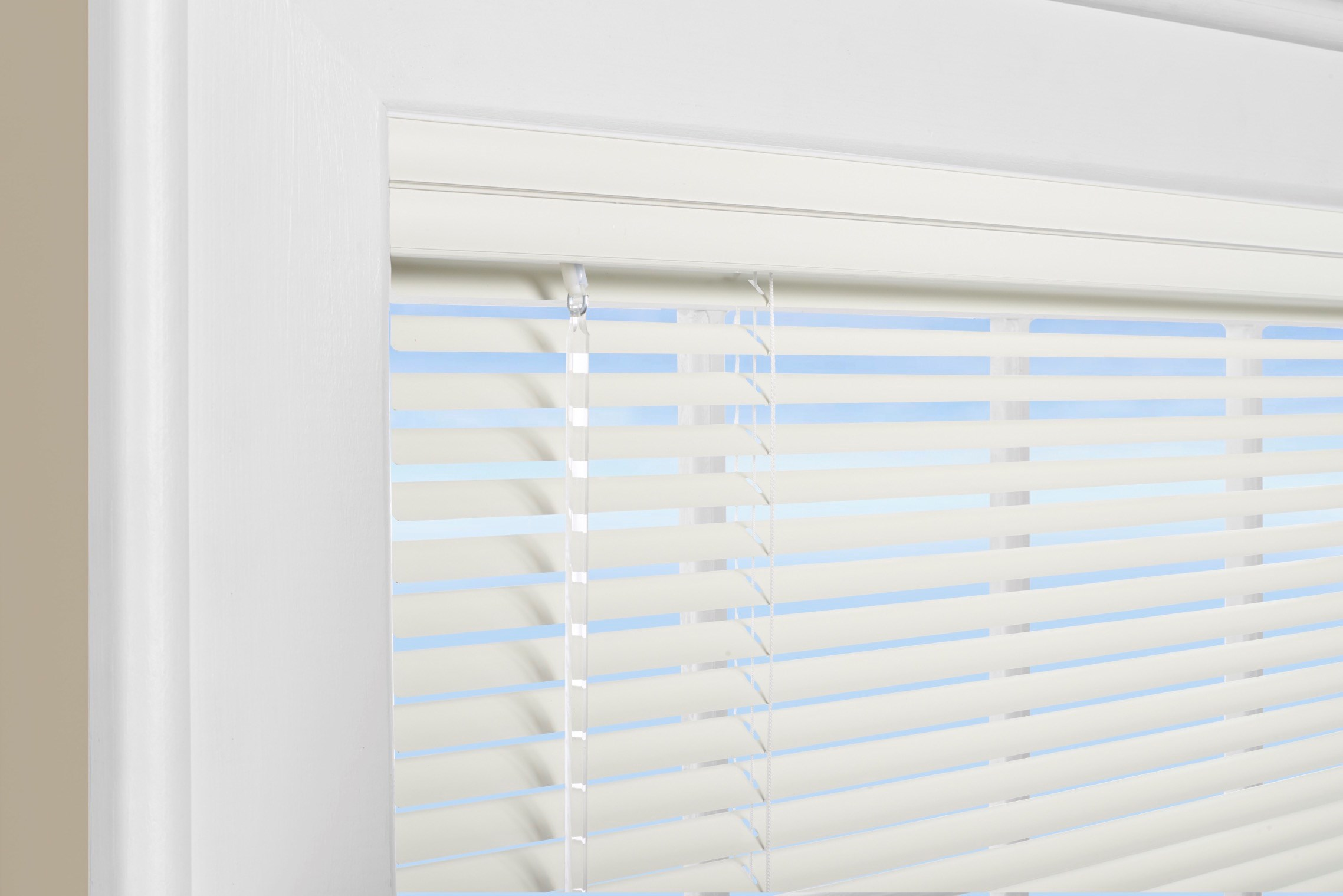 Riviera One 1 Quot Mini Blind Photo Gallery Americanblinds Com