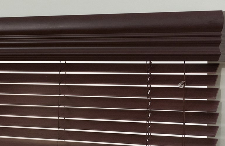 517630 - Bcom 1 Faux Wood Blind - (76863 - Mariak).jpg